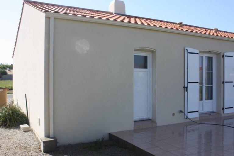 Pro Nettoyage 85 nettoyage de façades à Venansault en Vendée.